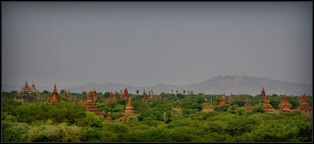 Hamparan Pagoda di Bagan