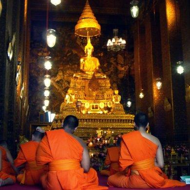 Buddhist monks in Wat Pho complex, Bangkok, Thailand