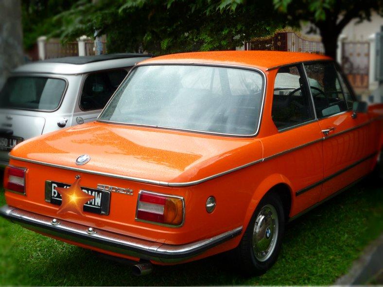 Orange BMW 2002