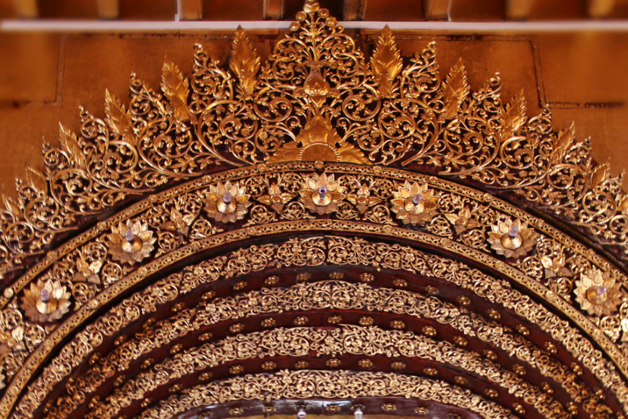 Gate in Mahamuni - Mandalay