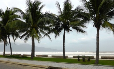 Da Nang Beach - view from the street