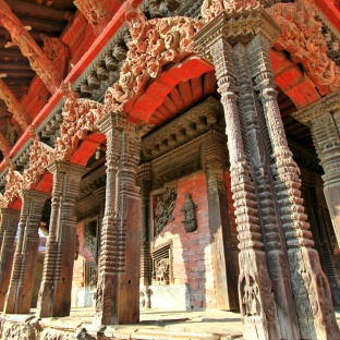 The ornate carvings on Vishwanath Temple, Patan