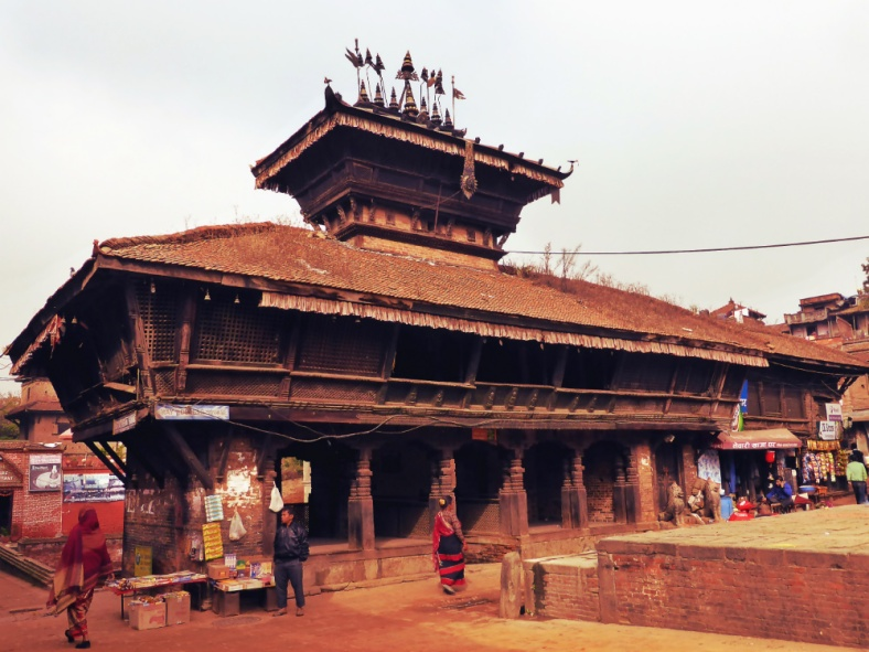 Bhimsen Temple in front of a hiti, Dattatreya Square
