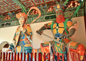 The guards at Zhong Hua temple, Lumbini