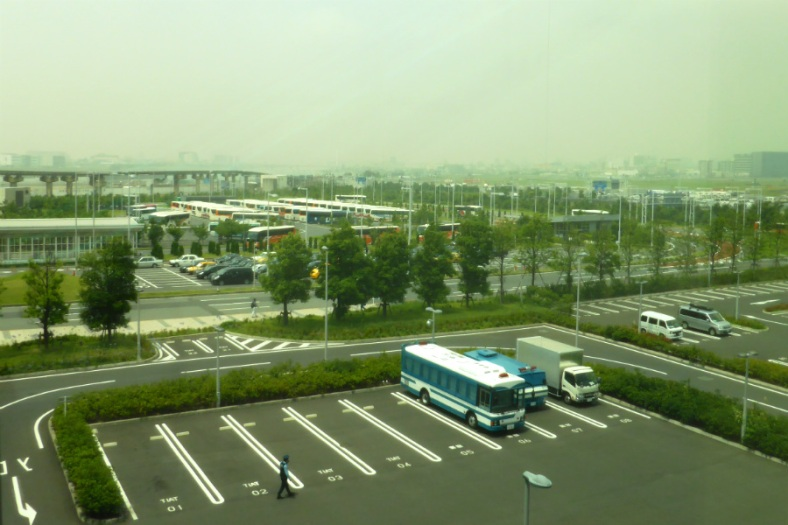 View from Haneda in the morning