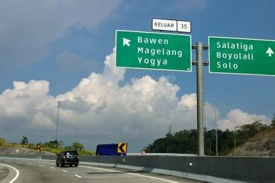 Mau ke Jogya atau Solo?
